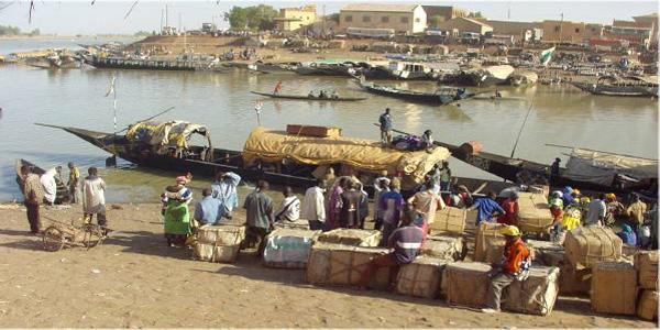 Mali - le marché des pêcheurs près du Niger