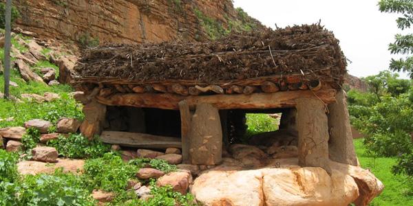 Togunas au Mali - case à palabres de Keni-Kombele