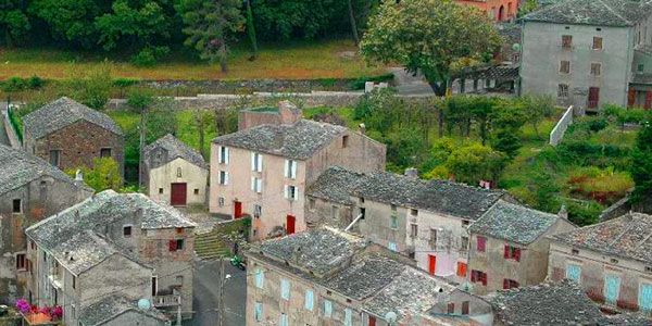 Molines hameau de Sisco dans le Cap Corse