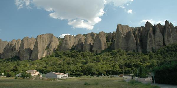 Les Mées - rochers des pénitents