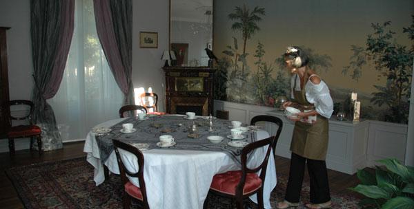 logis la clef de bois - salle du petit déjeuner - madame portebois