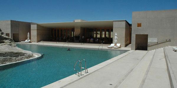 Amangiri - la piscine et le pavillon central