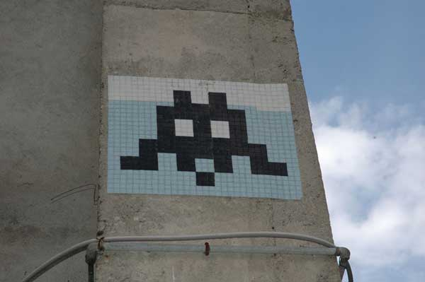 architecture - street-art bastia - space invader