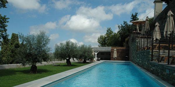 U Palazzu Serenu - Oletta (Corse) - la piscine et les terrasses