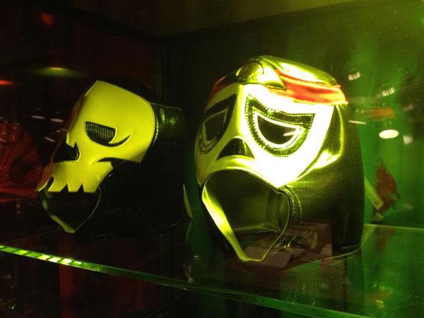 la décoration MAMA SHELTER à Lyon - les masques de catcheurs mexicains