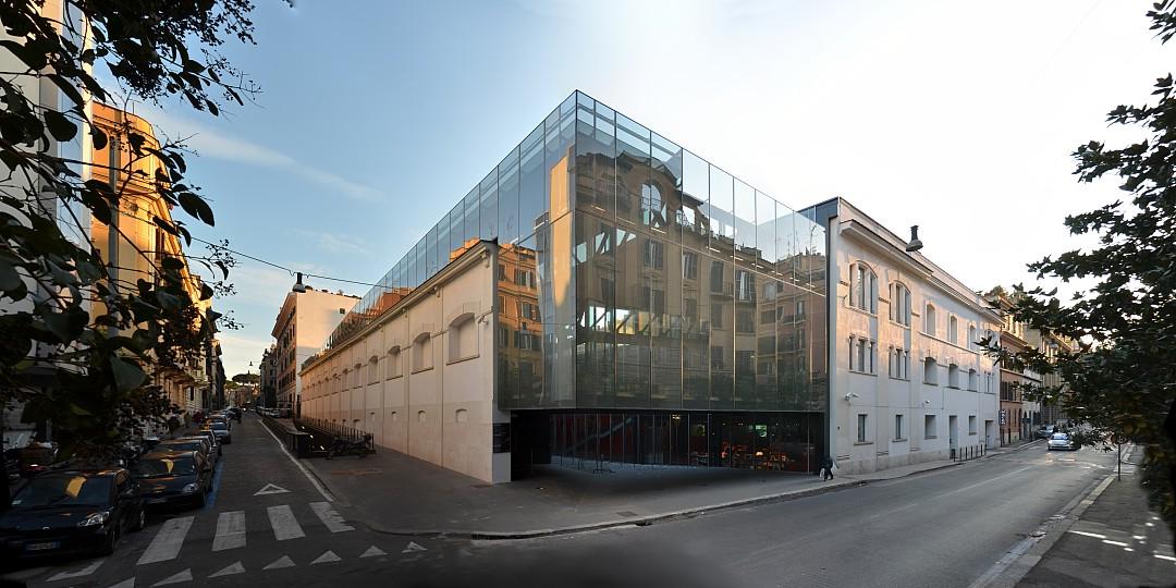 Rome - quartier Testaccio et Ostiense, musee MACRO (architecte Odile Decq)