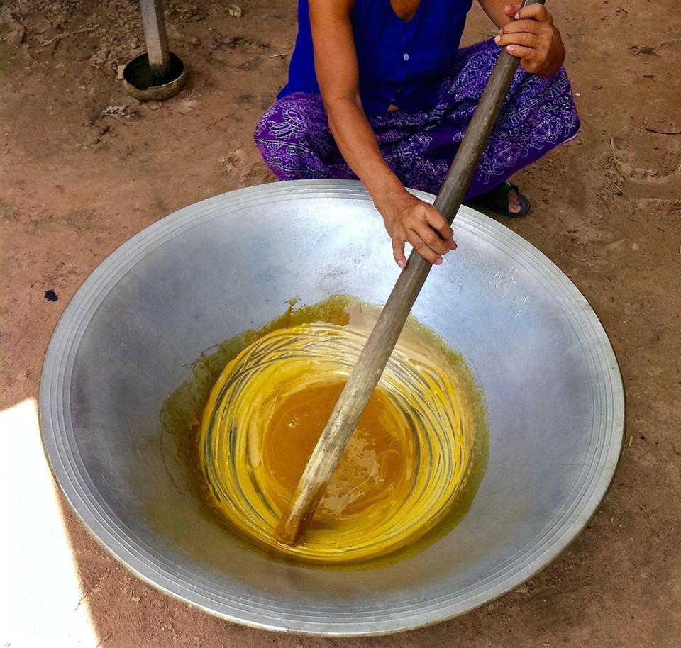 Cicuit Cambodge : Le sucre de Palme, ingrédient indispensable à la cuisine khmère