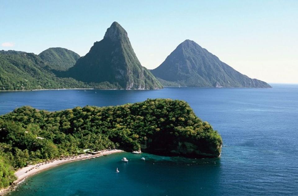 jean-gaches - Circuit aux Grenadines : les deux pitons