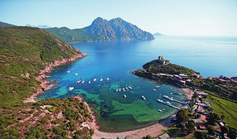 Les croisières de Jean - La Corse avec le Ten Ten - Le golfe de Girolata en Corse
