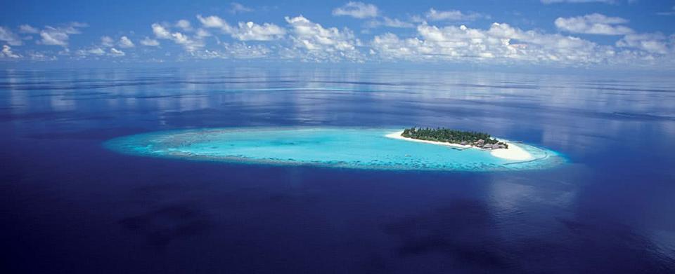 Les croisières de Jean aux Maldives - ile et son lagon  photos @exotismes.fr/